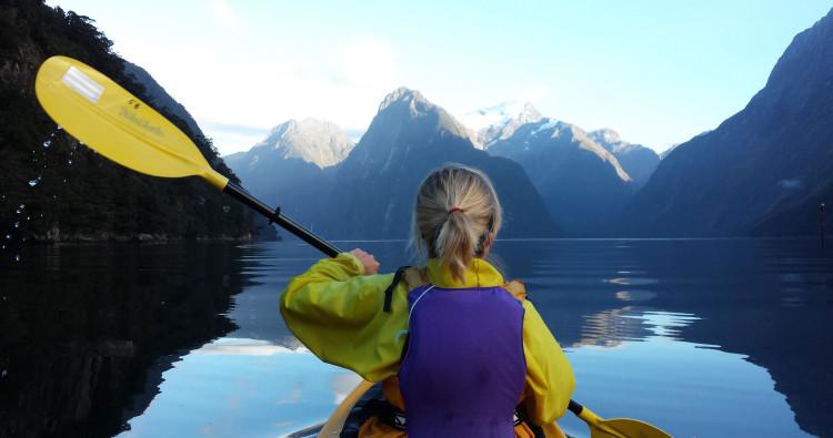 kayaker-1st-person-750x395.jpg