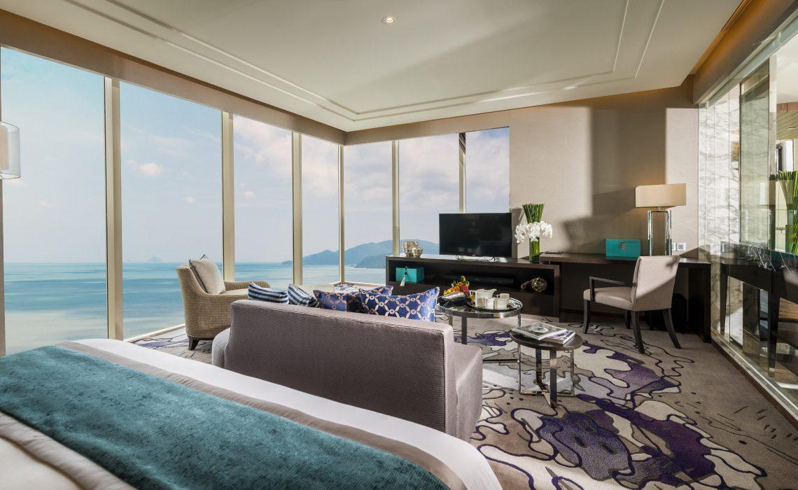 pres-suite-room.jpg